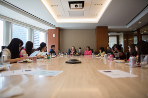 International Students Gain Insights Into US Law