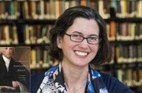 Bilder in Running for Virginia Literary Award